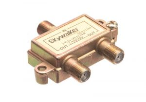 2-Way Coax Splitter - 5 to 900 MHz - All Ports Power Passing
