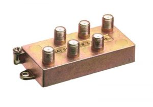 6-Way Coax Splitter - 5 to 900 MHz - All Ports Power Passing